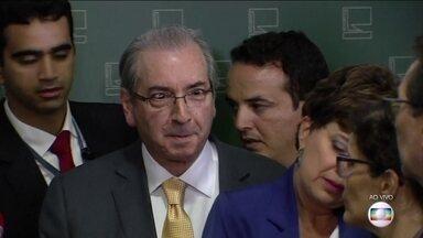 Cunha faz entrevista coletiva nesta terça-feira (21) - O mundo político em Brasília aguarda com bastante expectativa entrevista coletiva que o presidente afastado da Câmara dos deputados, Eduardo Cunha, anunciou para esta terça feira (21).