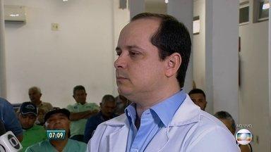 Médico dá orientações sobre problemas na coluna - Transtorno mais comum é a dor na lombar. Ortopedista Túlio Rangel chama atenção para a postura.