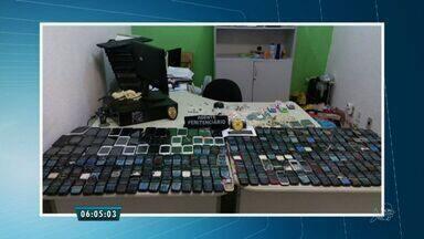 Lei que obriga bloqueio de celular nos presídios do Ceará segue sem ser cumprida - Lei segue na fase de regulamentação.