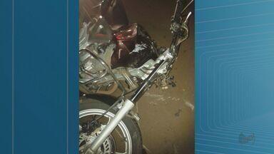 Motociclista morre após atropelar cavalo em Monte Alto, SP - Animal invadiu a pista e foi atingido pela moto na Rodovia José Pizarro.