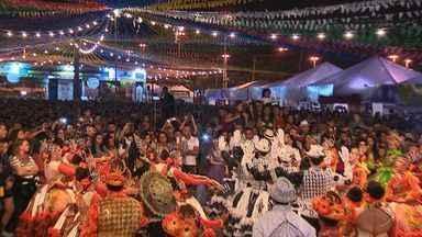 Forrozeiros lotam festas na Orla da Atalaia e no Centro de Aracaju - Forrozeiros lotam festas na Orla da Atalaia e no Centro de Aracaju.
