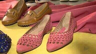 Indústria calçadista de Franca aposta na exportação da coleção Primavera-Verão - Fabricantes participam da Feira Internacional da Moda em Calçados e Acessórios que começa no domingo (26) em São Paulo (SP).