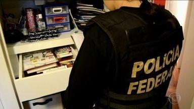 PF prende 14 suspeitos de desviar verba da Lei Rouanet - Operação Boca Livre descobriu dinheiro usado até em casamentos. Quadrilha é suspeita de desviar até R$ 180 milhões.