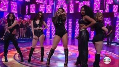 Fifth Harmony canta 'All In My Head' - Confira!