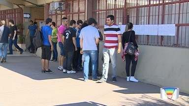 Candidatos fazem prova da Fatec em São José - Candidatos mais experientes também prestaram a prova.