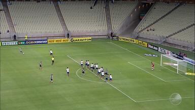 Bahia enfrenta desafio de vencer o Vila Nova para se reaproximar do G4 - Partida acontece na terça-feira (5), na Arena Fonte Nova.