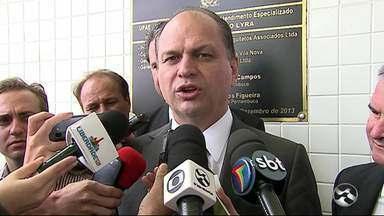 Ministro da Saúde faz visita a Caruaru - Objetivo foi acompanhar o atendimento feito às crianças com microcefalia.