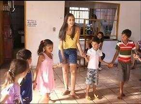 Projeto social incentiva crianças a saírem do sedentarismo através de antigas brincadeiras - Projeto social incentiva crianças a saírem do sedentarismo através de antigas brincadeiras