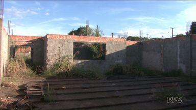 Obras paradas em centros de formação profissional são alvo de investigação - Trabalhos foram paralisados em Londrina e Ibiporã.