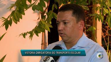 Detran iniciou a 2ª vistoria obrigatória do transporte escolar em Pernambuco - Em Petrolina, o procedimento deve ser feito até o dia 29 de julho