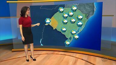 Quarta-feira(6) começa com chuva em quase todas as regiões do RS - Ao longo do dia, a temperatura cai e pode fazer 11°C à noite em Porto Alegre.