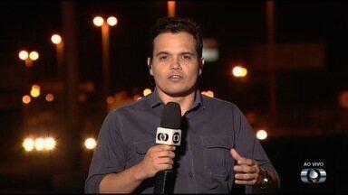 Lei que obriga uso do farol no trânsito passa a valer nesta sexta (8), em Goiás - A partir da data, motoristas que trafegarem pela cidade sem os faróis acesos serão multados.