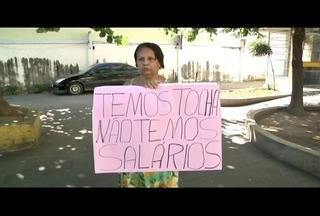 Terceirizados de delegacias do Norte Fluminense reclamam de atraso nos pagamentos - Trabalho tem sido prestado de forma parcial.