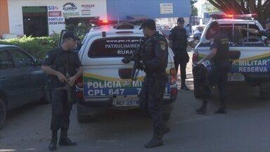 Polícia prende dois suspeitos de assaltar mulher em Ariquemes, RO - Caso aconteceu nesta terça-feira (5).