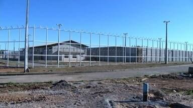 TCU aponta falhas no projeto do novo presídio de Anápolis - A unidade, que deveria ser entregue em outubro, não tem nem rede de energia elétrica.
