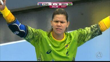 Mayssa Pessoa é convocada para a Olimpíada do Rio - Paraibana faz parte da lista de 14 jogadoras convocadas pelo técnico Morten Soubak para a seleção brasileira de handebol feminino