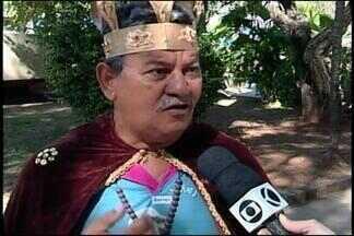 Congadeiro de Abaeté fala sobre celebrações da Festa do Rosário - Evento reúne guardas de congado de toda a região. Gaspar José falou sobre a programação.