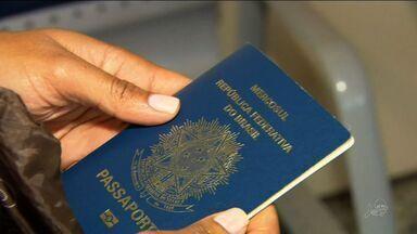 Entrega de passaporte segue com problemas e atrasos em todo o Brasil - Prazo médio para entrega é de 45 dias.