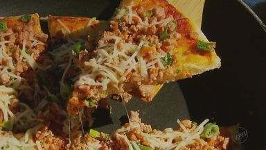 Fernando Kassab ensina recheios para uma boa pizza com os amigos - No domingo (10) é comemorado o Dia da Pizza. Anote a receita.