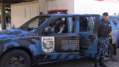 Guarda Civil anuncia que vai parar de fazer segurança no Eixo Anhanguera, em Goiânia - Passageiros temem que plataformas fiquem inseguras novamente.