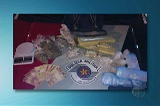 Polícia apreende drogas em Mogi das Cruzes - Mais de três quilos de maconha foram encontrados no bairro Mogi Moderno.