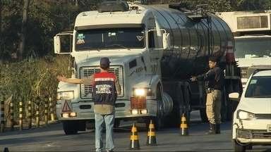 Receita Estadual faz operação de combate ao transporte irregular de combustíveis - Segundo a Secretaria da Fazenda, o estado deixa de arrecadar R$ 20 milhões por ano por causa da irregularidades.
