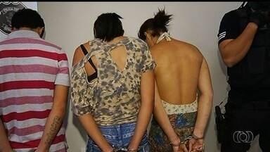 Oito pessoas são presas suspeitas de roubar casas e comércio de Rio Verde, em Goiás - Segundo a polícia, os crimes eram cometidos com muita violência.