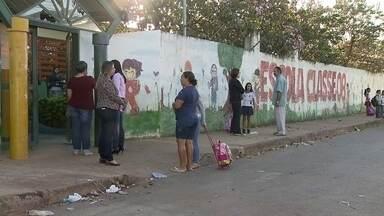 Escola em Brazlândia tem seis TVs furtadas - Não houve aula na escola Classe 8, em Brazlândia, nesta sexta-feira (15). A instituição foi alvo de criminosos.