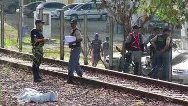 Homem morre em acidente envolvendo trem em Barra Mansa, RJ - Testemunha contou que vítima tentava pegar carona em vagão; acidente foi no trecho da linha férrea próximo ao Parque da Cidade.