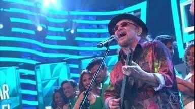 Geraldo Azevedo canta capela de 'Caravana' - Música está na trilha sonora de 'Velho Chico'