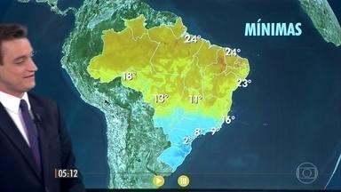 Confira a previsão do tempo para esta terça-feira (19) em todo o país - Nevoeiro em vários lugares da região Sul, no estado de São Paulo, sul de Minas Gerais e Rio de Janeiro.