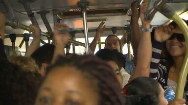'Minha Vida no Buzu': reportagem mostra a rotina nos ônibus da capital baiana - Nesta terça (19) confira os detalhes do transporte que faz a linha que parte do Subúrbio.