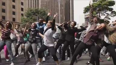 Festival de Dança de Joinville terá flash mob neste fim de semana - Festival de Dança de Joinville terá flash mob neste fim de semana