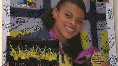 Gaúcha Fernanda Garay defende a seleção feminina de vôlei nas Olimpíadas - Atleta joga, atualmente, na Rússia.