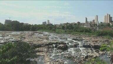 Período de estiagem em região de Campinas pode ser crítico como o de 2013, segundo PCJ - Vazão dos rios Atibaia e Piracicaba se encontram próximo do limite do considerado crítico a uma semana da estiagem.