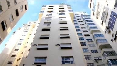 Turistas ainda encontram apartamentos e hotéis disponíveis para a Olimpíada do Rio - Os preços estão bem altos, mas existem opções mais baratas. Os turistas que mais procuram imóveis por temporada para alugar são estrangeiros e os apartamentos mais desejados ficam na região da Barra da Tijuca.