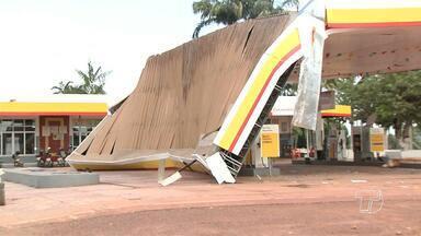 Após vendaval e destruição, moradores do São José e Cipoal reclamam da falta de apoio - Ventos fortes atingiram a comunidade de São José, as margens da rodovia BR-163.