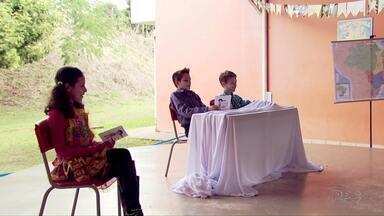 Alunos de escola de Santa Terezinha apresentam ParanáTV mirim - É um projeto do Televisando o Futuro