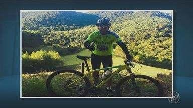 Ciclista é atropelado e morre em acostamento de rodovia da região - Acidente aconteceu na noite de sábado (30), na rodovia que liga Jacutinga e Itapira. O motorista fugiu sem prestar socorro.