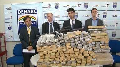 Suspeita utilizava filha para despistar polícia durante transporte de maconha - Polícia Civil realizou a apreensão de 275 kg da droga, a maior no ano