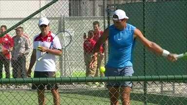 Rafael Nadal treina no Rio de Janeiro, mas ainda não confirma se joga torneio de simples - Espanhol já ganhou medalha de ouro olímpica uma vez.