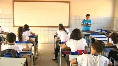 Alunos da rede estadual e municipal retornam às aulas em Santarém - O segundo semestre de 2016 começou nesta segunda-feira (1).