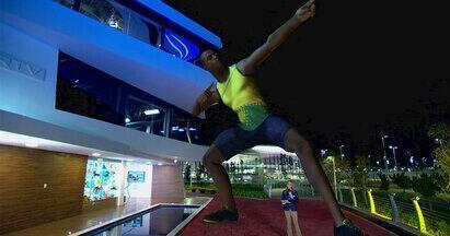 Usain Bolt se mantém em silêncio durante preparação para Olimpíada - Usain Bolt, recordista mundial dos 100 e 200 metros rasos, com seis medalhas de ouro, já está no Rio de Janeiro. Ele é conhecido pelo jeito extrovertido, mas por enquanto ele está bem tranquilo nesse período de preparação.