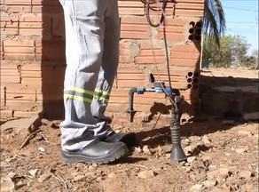 Companhia de água usa tecnologia para evitar furto de água - Companhia de água usa tecnologia para evitar furto de água