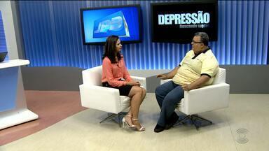 Psicólogo fala sobre a importância do diagnóstico da depressão - O psicólogo, psicanalista e terapeuta de família Samuel Cavalcante de Almeida falou sobre a dificuldade do diagnóstico da doença.