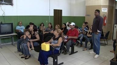Diabéticos têm dificuldade para conseguir insulina na rede pública de saúde, em Goiânia - Além do remédio, também falta materiais para fazer o controle da doença.