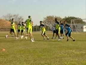 Depois de três semanas, time de futsal de Dracena volta a treinar - Equipe está com alguns desfalques, mas tem novas contratações.