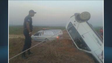 Idoso de 74 anos morre em acidente de carro em Itapira - O carro em que ele estava capotou.