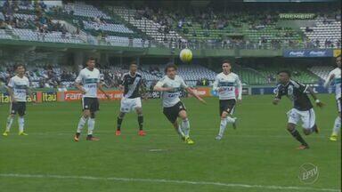 Ponte Preta é derrotada no Sul pelo Coritiba - Confira os quatro gols da partida.