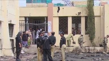 Atentado terrorista no Paquistão deixa 70 mortos - Setenta pessoas morreram e mais de 100 ficaram feridas num atentado terrorista no sudoeste do Paquistão.